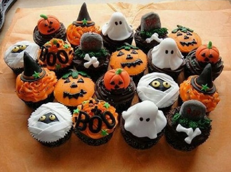 Halloween 2016, lavoretti in cucina: biscotti e cupcakes da mangiare ...