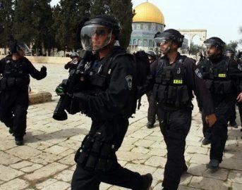 Attentato a Gerusalemme: due morti, ucciso l'assalitore