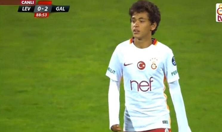 Chi è Mustafa Kapi