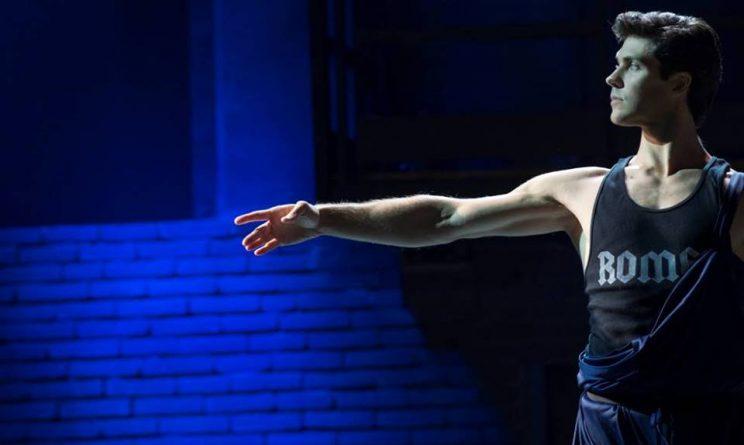 Roberto Bolle, La mia danza libera con Jovanotti e gli altri