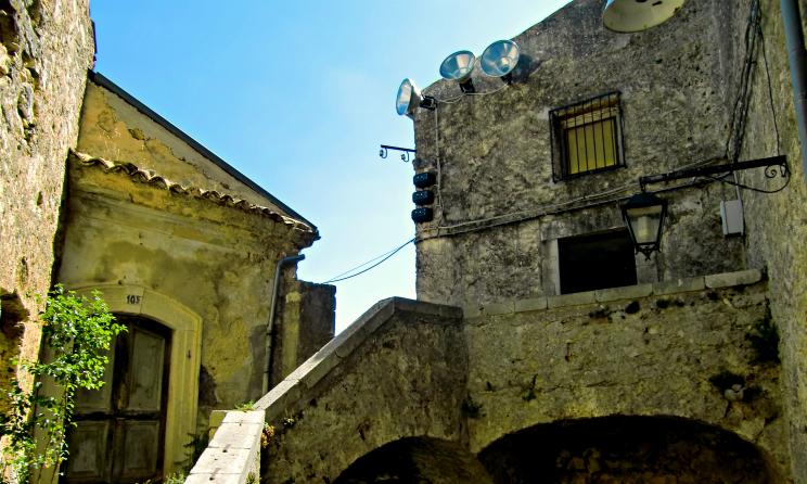 Rocchetta Alta il borgo dimenticato del Molise