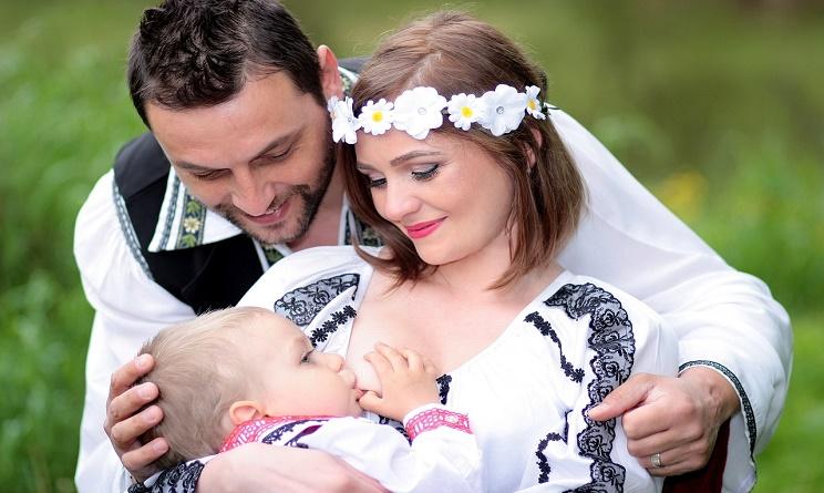 allattamento al seno, allattamento al seno benefici, allattamento al seno come fare, allattamento al seno consigli, allattamento al seno a richiesta, allattamento al seno esclusivo, allattamento al seno a richiesta o a orario, allattamento al seno consigli ostetrica,