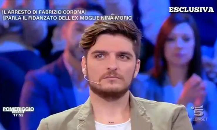 Fabrizio Corona: bomba carta sotto casa messa da fidanzato Nina Moric