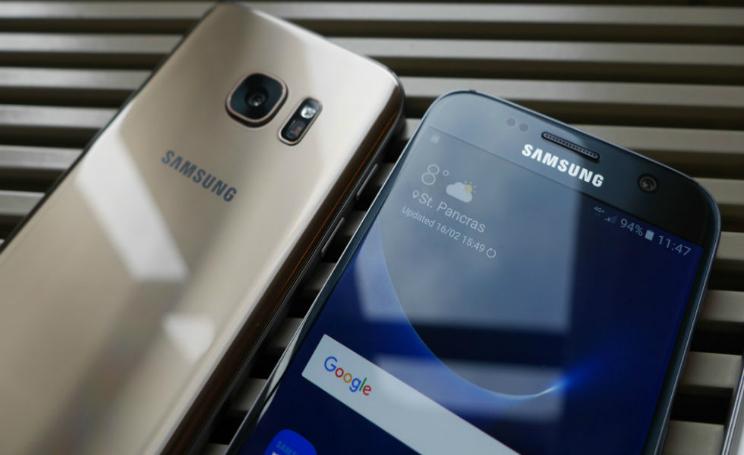 iPhone 8 Vs Samsung Galaxy S8 caratteristiche tecniche a confronto