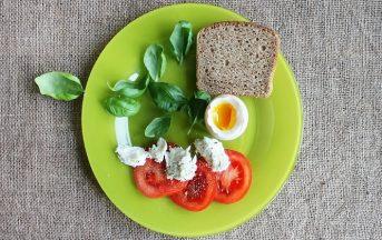 Dieta Mima Digiuno di Valter Longo: la riduzione calorica per vivere più a lungo e in salute
