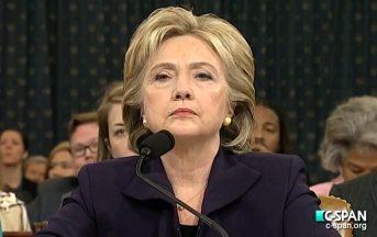 Hillary Clinton accusa l'FBI per la sua sconfitta
