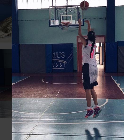 valentina-vignali-pallacanestro