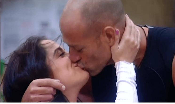 Gabriele Rossi contro Mariana Rodriguez per difendere Valeria Marini
