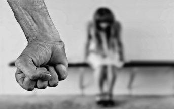 Il Terzo Indizio 2016 con Barbara De Rossi: stasera la puntata sul femminicidio