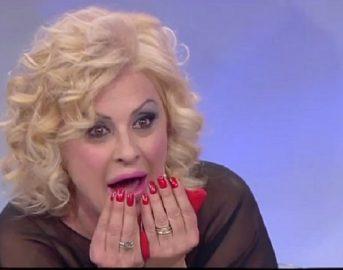 Tina Cipollari marito, è crisi con Chicco Nalli: ecco la conferma