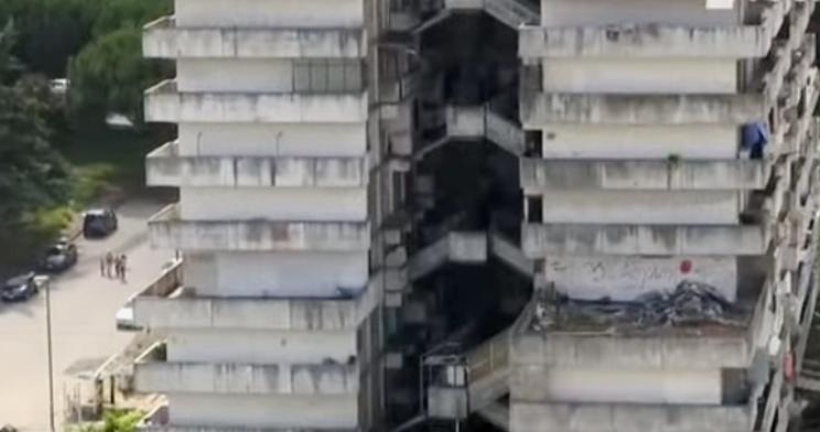 Vele di Scampia: a breve la demolizione dei condomini del degrado