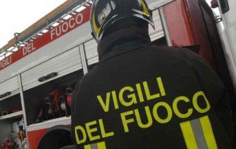 Palermo, due depositi in fiamme: roghi spenti, sospetta pista dolosa