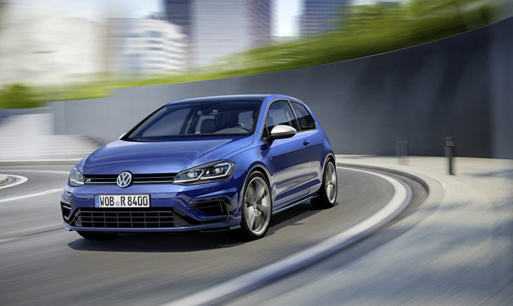 Volkswagen Golf R 2017: 310 CV e 400 Nm