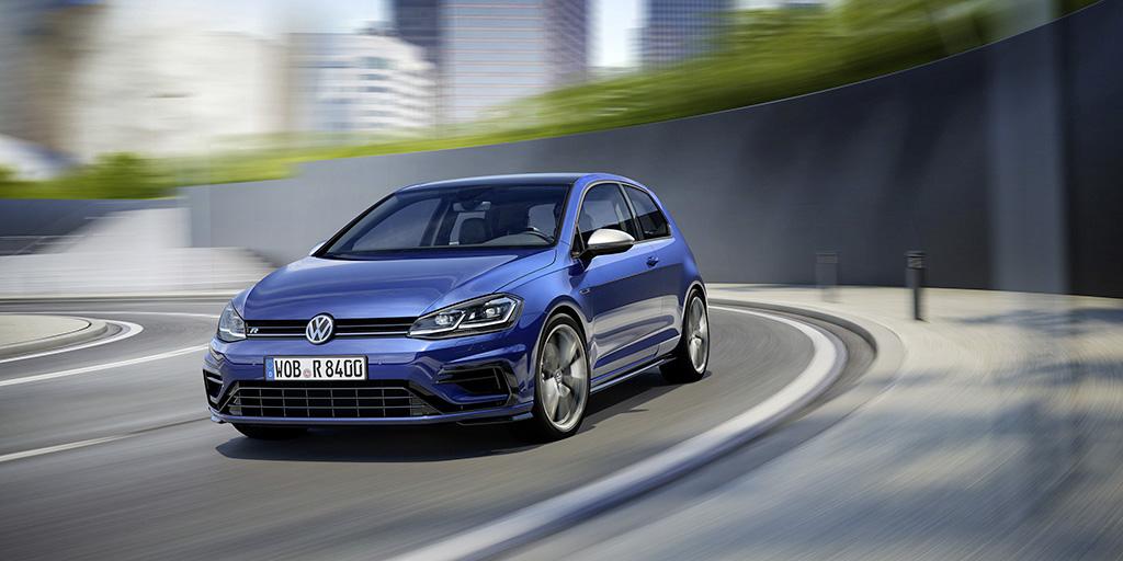 Volkswagen Golf R prezzo caratteristiche