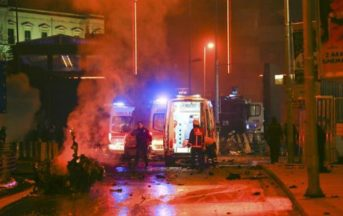 Istanbul: esplosione vicino allo stadio, 13 poliziotti morti