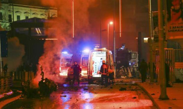 Istanbul esplosione vicino allo stadio