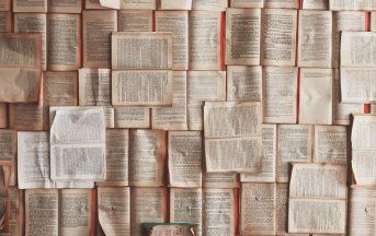 Libri da leggere almeno una volta nella vita: i 5 consigliati per l'inverno