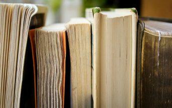 Natale 2016 regali, libri sotto 15 euro: per il partner, per un familiare o per un caro amico