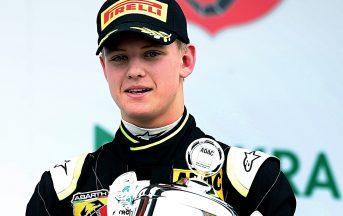 Mick Schumacher pilota Mercedes, il figlio di Micheal alle Frecce d'Argento