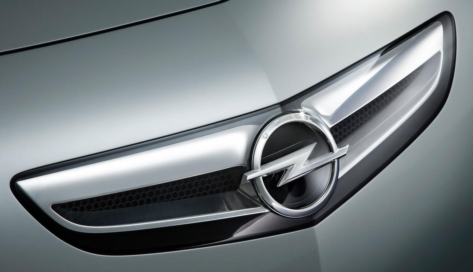 Opel Crossland X caratteristiche