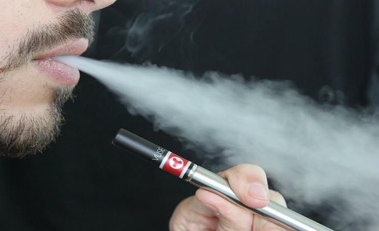 Sigaretta elettronica dannosa come quelle vere