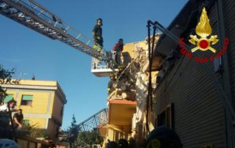 Palazzina crollata ad Acilia: trovate morte madre e figlia, 2 sopravvissuti