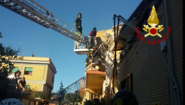 acilia news dispersi crollo palazzina