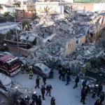 roma palazzina crollata news