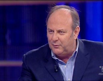 """Gerry Scotti figlio, la risposta alle accuse: """"Edoardo non è un bamboccione"""""""