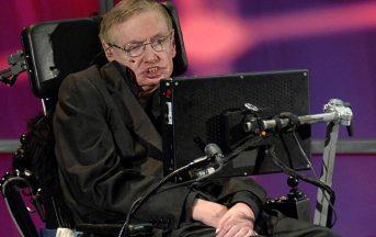 Stephen Hawking: malore a Roma, ricoverato d'urgenza al Gemelli