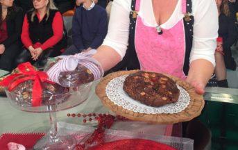 La Prova del Cuoco ricette oggi, 19 dicembre 2016: il pane dolce di Natale di Natalia Cattelani