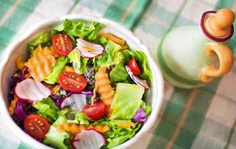 Dieta detox 3 giorni: frutta, verdura e frullati per arrivare in forma a Capodanno