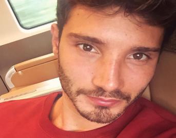 Stefano De Martino Instagram: lo scatto che fa impazzire le fan