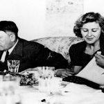 Adolf Hitler si rifugia nel suo Fuhrerbunker Seconda Guerra Mondiale