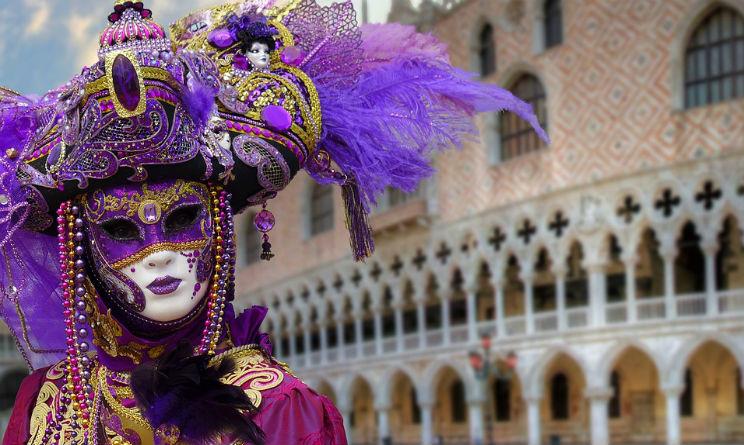 Treno storico al Carnevale di Venezia da Milano