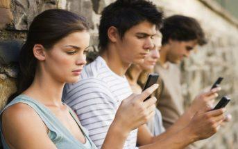 Depressione e attacchi di panico: come scoprire se ne soffri in base al numero di Social Network usati