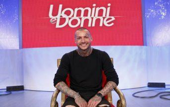 Uomini e Donne news: Manuel Vallicella abbandona, Fabiana e Carmen litigano ancora