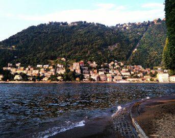 Dove andare in vacanza ad aprile in Europa e in Italia: paesi e città low cost in fiore