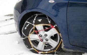 Come scegliere e montare le catene da neve per l'auto