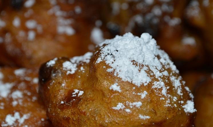 frittelle di carnevale, frittelle di carnevale veneziane, frittelle ricetta originale, frittelle al forno, frittelle fritte, come preparare le frittelle, fritole