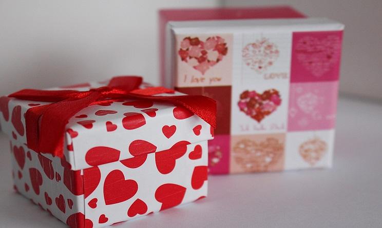 Top San Valentino 2017 regali per lui: idee curiose sotto i 10 euro  IE17