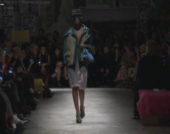 Milano Fashion Week 2017 sfilata Prada: le donne che lottano filo conduttore della collezione [FOTO]