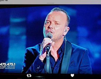 """Gigi D'Alessio Sanremo 2017 polemica: """"Io e Al Bano usati, Fiorella Mannoia protetta"""""""
