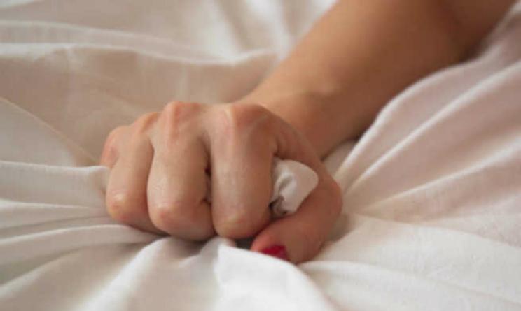 Orgasmo femminile, tre le mosse tra sapere per raggiungerlo secondo la scienza