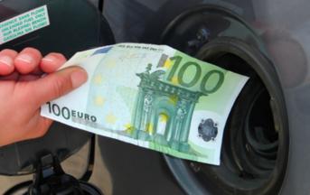 Accise benzina aumenti in arrivo: si paga ancora per il terremoto del Belice del 1968