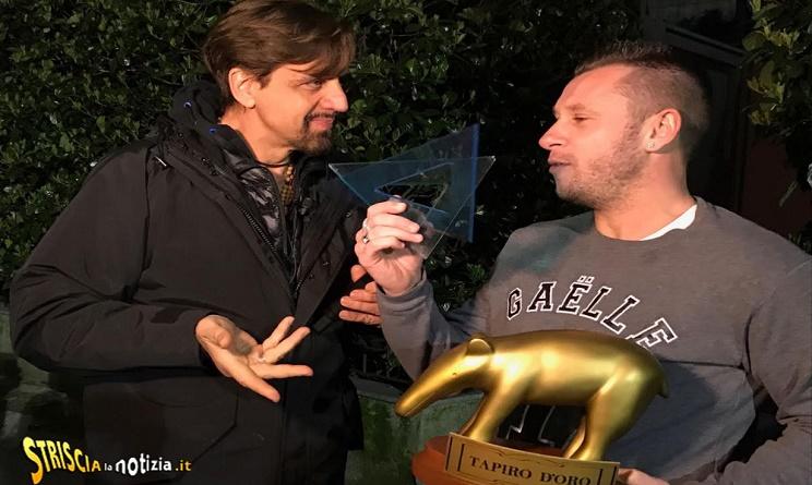 Gossip Striscia la notizia: tapiro d'oro a Antonio Cassano