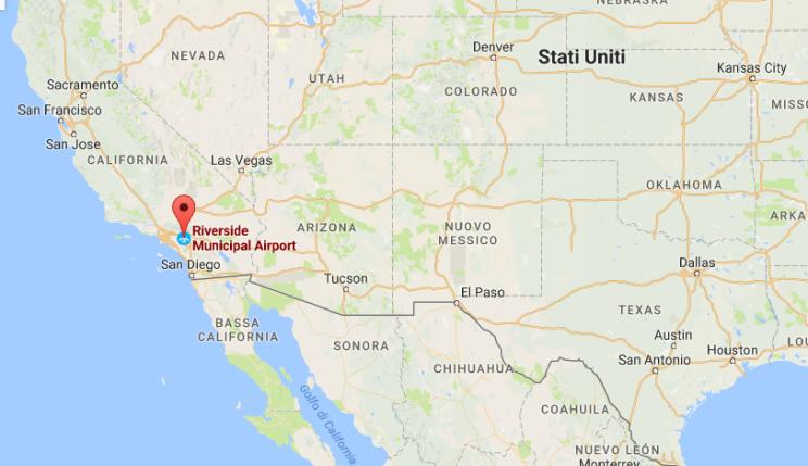 California, un aereo Cessna si schianta sulle case. Quattro morti, famiglia distrutta