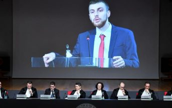Politecnico di Torino: il discorso ironico e dissacrante dello studente infiamma l'Italia