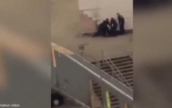 Parigi: ragazzo sodomizzato da un poliziotto, accese proteste nelle banlieue
