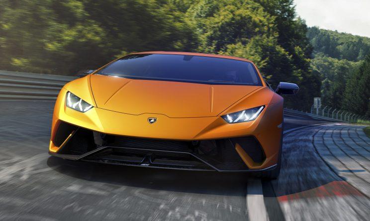 Lamborghini Huracán Performante prezzo caratteristiche